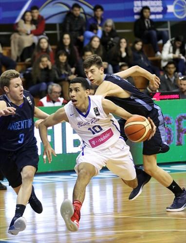 9 Gaston Bertona (ARG), 10 Andre Curbelo (PUR)