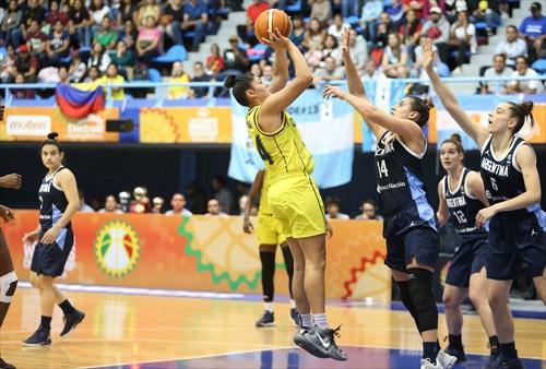 14 Natalia Sofia Pineda Ramirez (COL)