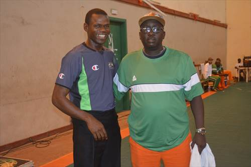 Coach Olivier Tea (CIV)
