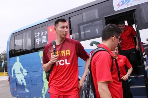 11 Jianlian YI (China)