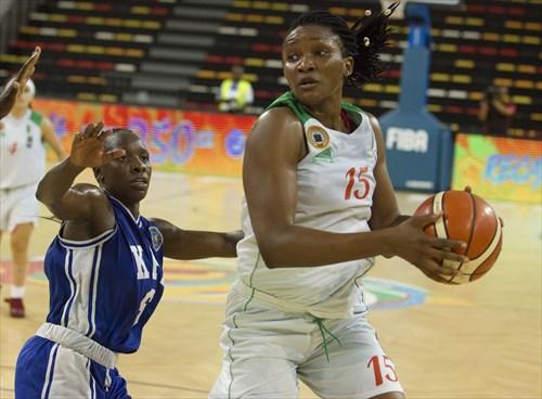 15 Ginette Mfutila Makiese (ALG)