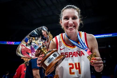 24 Laura Gil (ESP), ESP vs FRA