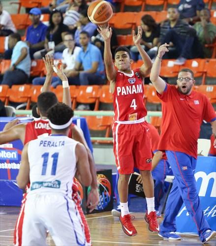 4 Jonathan Andrade (PAN)