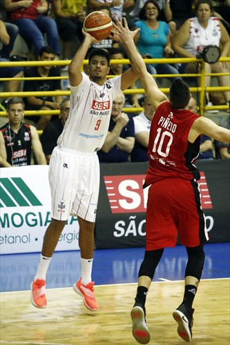9 Lucas Dias (FCA)