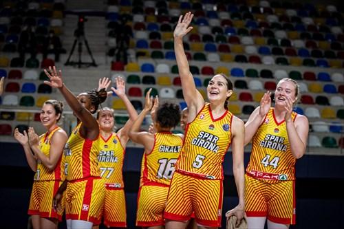 44 Julia Reisingerova (GIRO), 5 Sonja Vasic (GIRO)