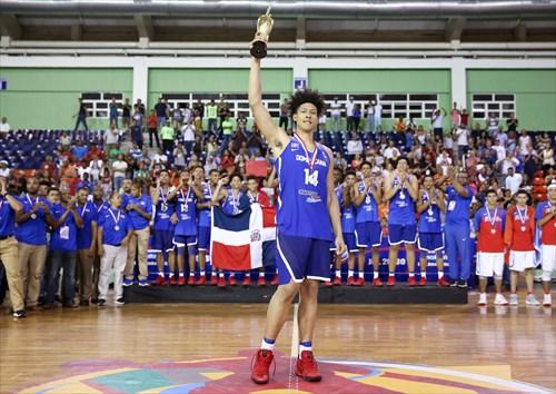 14 Alanzo Frink (DOM), MVP