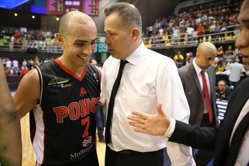 Jorge Arrieta (VEN), 7 Carlos Arroyo (PUR),