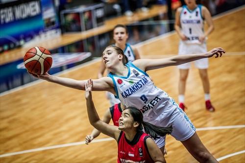 9 Karina Olenberg (KAZ)