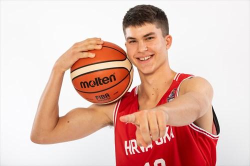 FIBA_U18_2194_190726_VID