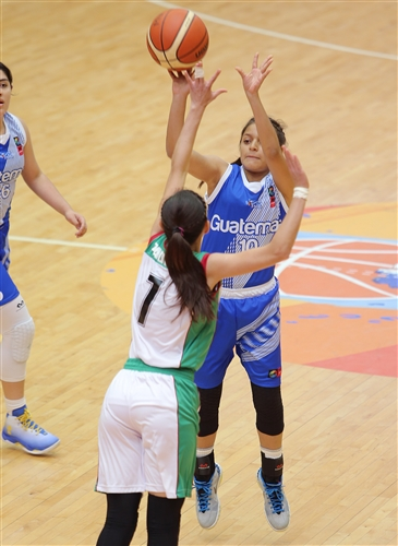 10 Paulina Zuleta (GUA)