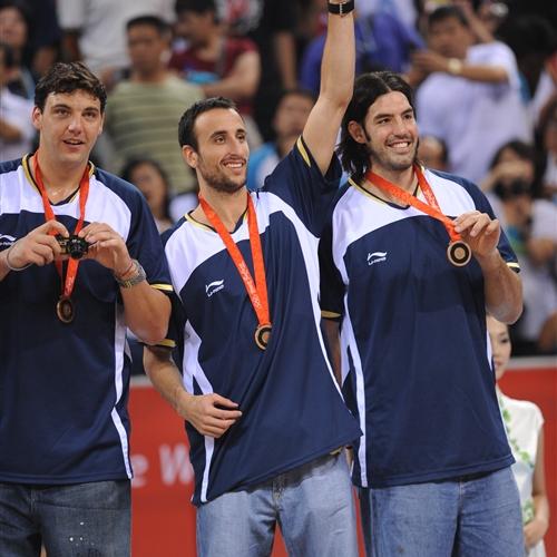 Manu  GINOBILI & Luis SCOLA (Argentina)