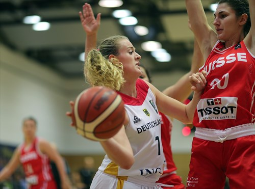 20 Meline Franchina (SUI), 1 Marie Gulich (GER)