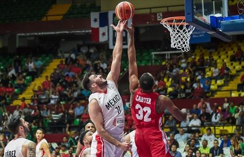 32 Javier Carter (PAN), 11 Jonatan Machado (MEX)