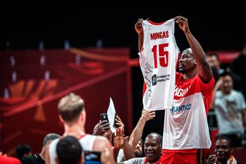 15 Eduardo Mingas (ANG)