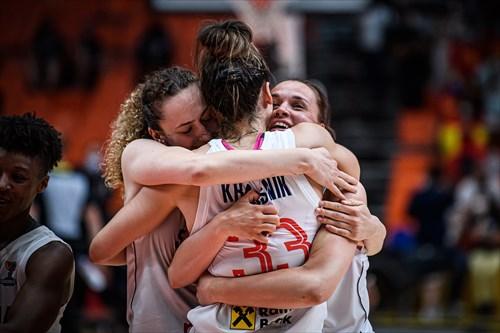 11 Aleksandra Crvendakic (SRB), 33 Tina Krajisnik (SRB), 8 Nevena Jovanovic (SRB)