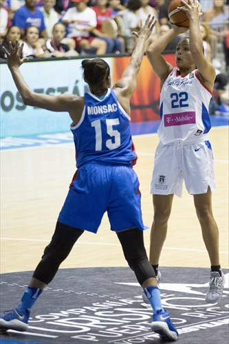 15 Sugeiry Monsac (DOM), 22 Ashley Marie Perez (PUR)