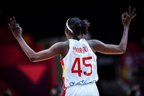 45 Astou Ndour (ESP)