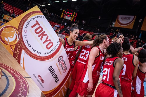 21 Shaina Pellington (CAN), 6 Bridget Carleton (CAN), 23 Laeticia Amihere (CAN), 5 Kia Nurse (CAN)