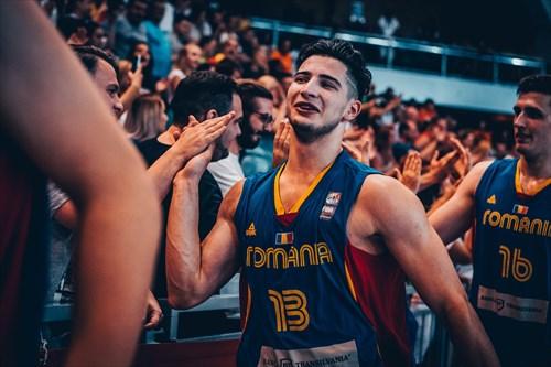 13 Sebastian Ionescu (ROU)