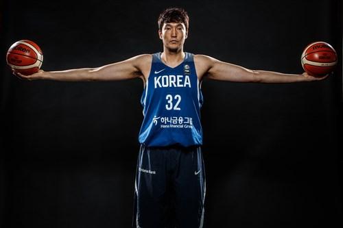 32 Jonghyun Lee (KOR)