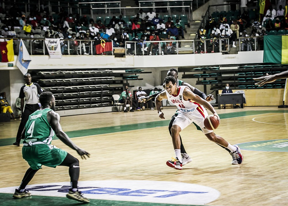 Melvyn Da Silva à l'Afrobasket contre le Cameroun (photo : FIBA)