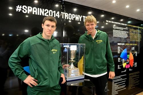 Trophy Tour 2014 - Lithuania
