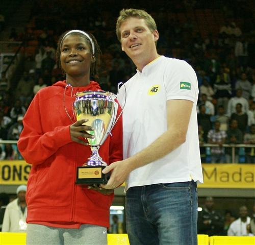 All Star Five, Regina Pequeno (Angola)