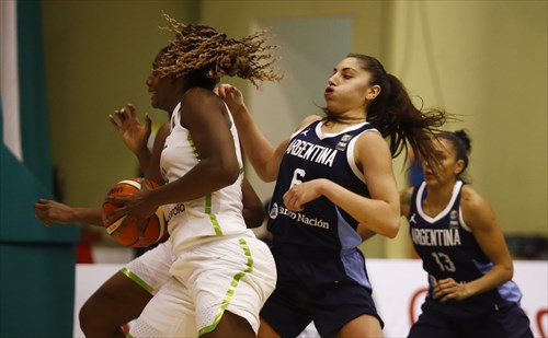 6 Victoria Llorente (ARG), 11 Clarissa Dos Santos (BRA)