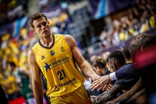 21 Tim Abromaitis (ESP)
