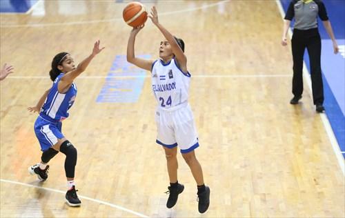 24 Lindsey Castillo (ESA)