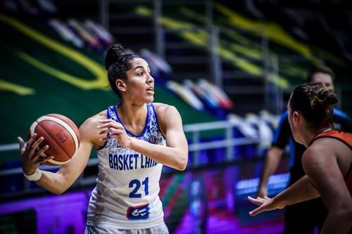 21 Miranda Ayim (BLAN), BLAN vs BOUR