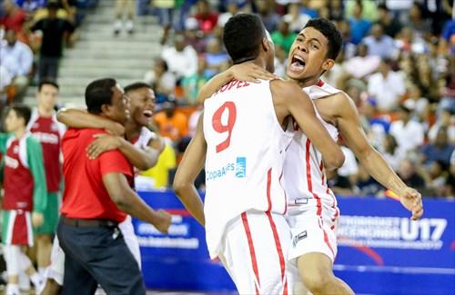 9 Edward Lopez (PAN), 4 Jonathan Andrade (PAN)
