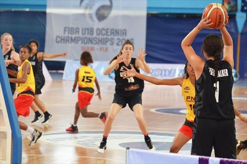 14 Svetlana Monalisa Arthur (PNG), 8 Jennifer Meata Haro (PNG), 1 Charlisse Trinity Leger-walker (NZL), 15 Valerie Kau'u Maikai (PNG)