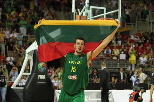 Jonas VALANCIUNAS (Lithuania)