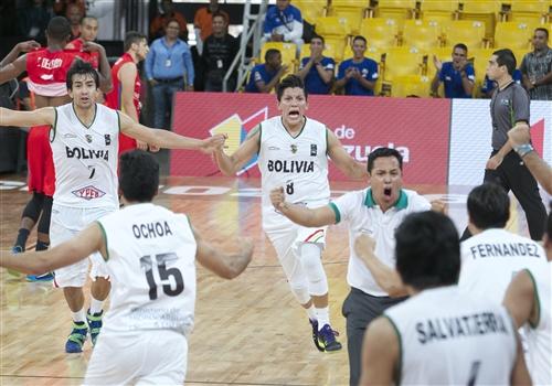 7 Cristhian Camargo Llanos (BOL), 8 Paolo Ramos (BOL)