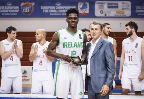 Roberto Berardi (Vice-President San Marino Basketball Federation) congratulates Taiwo Badmus (IRL) on his All-Star Five nomination
