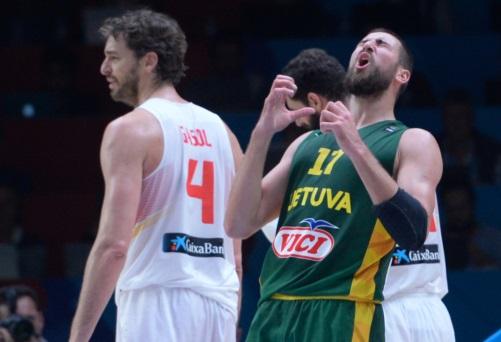 4 Pau GASOL (Spain); 17 Jonas VALANCIUNAS (Lithuania)