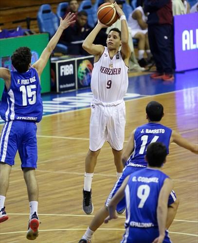 15 Fabricio Ruiz (PAR), 9 Andres Marrero (VEN)