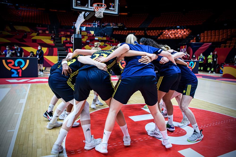Suecia alcanza los cuartos del final del Eurobasket de España y Francia al derrotar a Italia