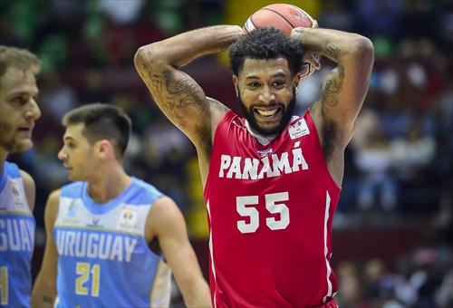 55 Carlos Rodriguez (PAN)