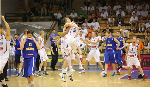 4 Patrick Francisco MENDES (Finland); 5 Tuomas Samuel HIRVONEN (Finland); 9 Shawn Dominique HOPKINS (Finland), 2015 FIBA U20 European Championship Division B