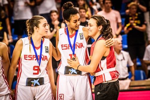 11 Aixa Wone Aranaz (ESP), 9 Lorena Segura Moreno (ESP)