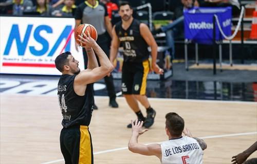44 Martin Cuello (LIB)