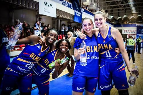 11 Ana Maria Filip (BLMA), 0 Olivia Epoupa (BLMA), 28 Mamignan Toure (BLMA)
