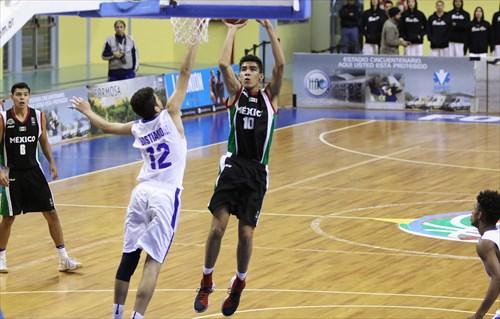 12 Giancarlo Bastianoni (DOM), 10 Ramses Diaz (MEX)