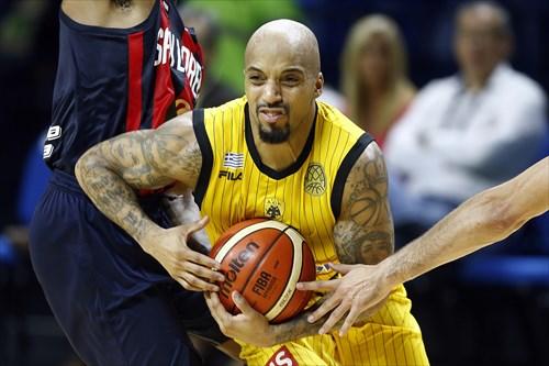25 Jordan Theodore (AEK)