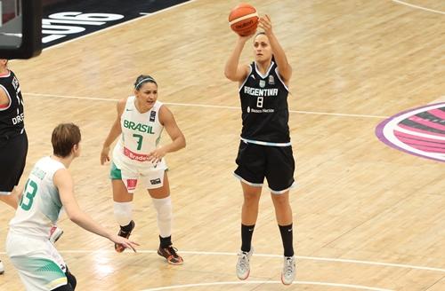 8 Andrea BOQUETE (Argentina)
