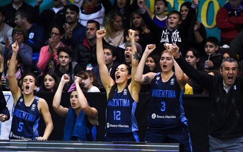 Leonardo Costa (ARG), 22 Natacha Perez (ARG), 3 Mara Marchizotti (ARG), 12 Ornella Santana (ARG), 5 Macarena Durso (ARG)