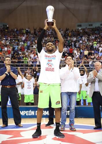 32 Zachary Graham (VEN), MVP