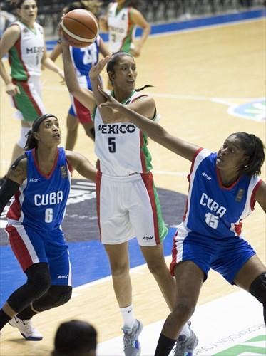 5 Jacqueline Luna Castro (MEX), 15 Suchitel Avila (CUB), 6 Lisdeyvi Martinez Valdes (CUB)